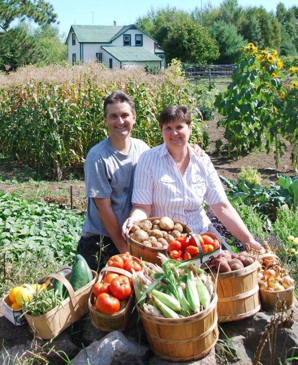 cam and michelle with veggies